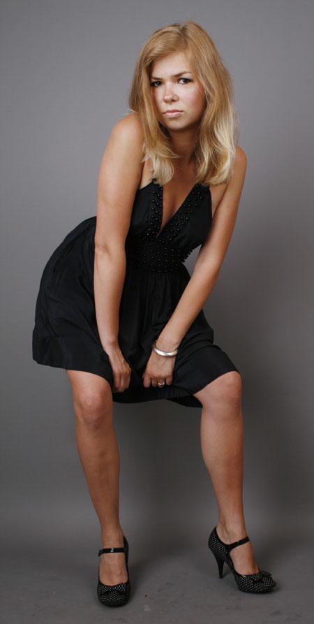 Odessaukrainedating.com - Cute female